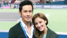 郑嘉颖与小22岁娇妻看球赛 化身迷弟举偶像海报拍照