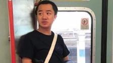地铁偶遇王祖蓝 穿拖鞋毫无偶像包袱