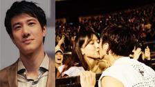 甜炸了!王力宏演唱会引体向上亲吻老婆