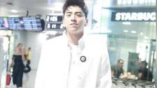 王大陆现身机场黑白配穿搭帅气有型